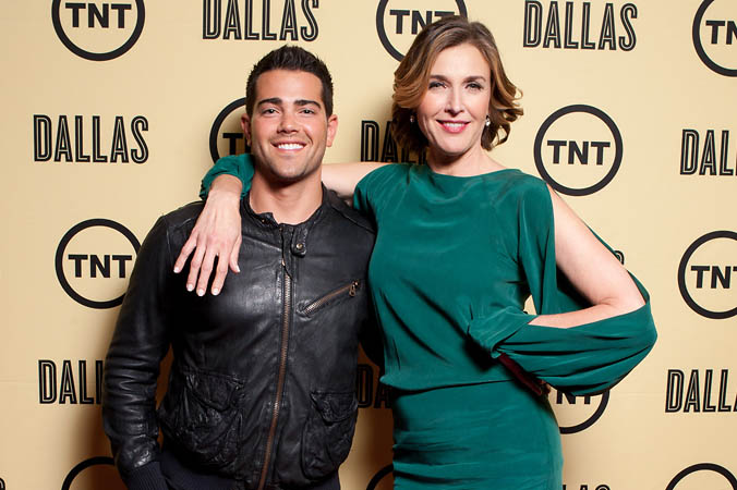 TNT Dallas Reboot CelebrityStep and Repeat Jesse Metcalfe and Brenda Strong FAB PHOTO