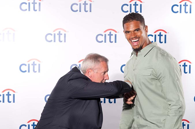 Client case study citi bank celebrity sports appearance taj gibson citi bank celebrity sports appearance taj gibson chicago bulls corey wootton chicago bears onsite printing photo m4hsunfo