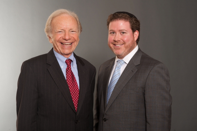 Stop and go photography with Senator Joe Lieberman, private political portrait photography by fab photo.