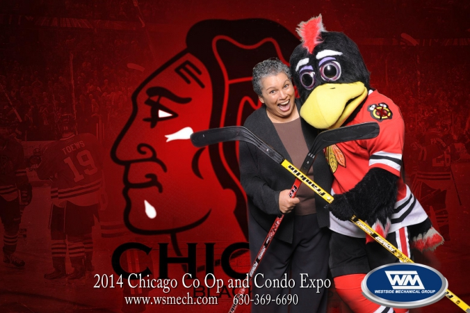 green screen photography, fab photo, chicago, tommy hawk, blackhawk mascot onsite photo souvenir