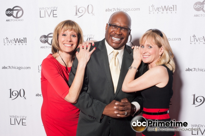 abc7 anchors pose at abc primetime schedule announcement downtown chicago event