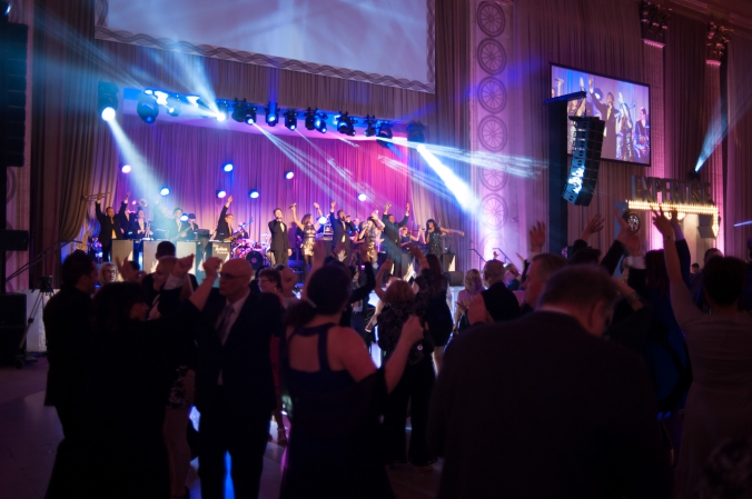 guests dancing at huge 75 year anniversary party union station chicago, party photography by fab photo